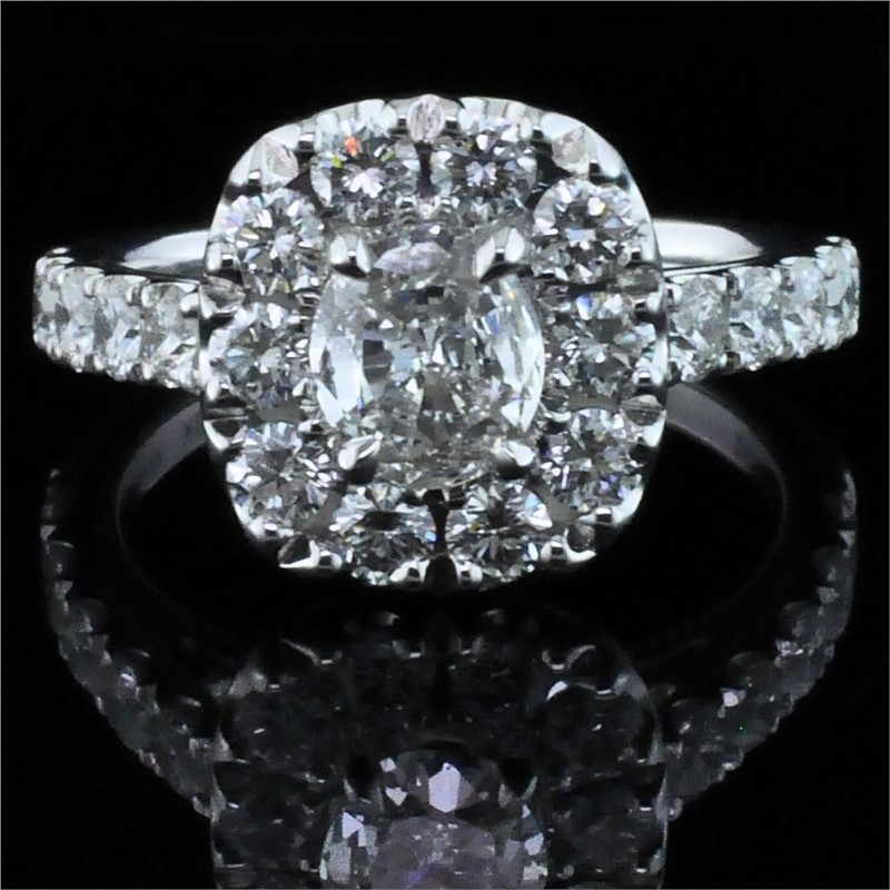 Henry Daussi Diamond Engagement Ring by Henri Daussi