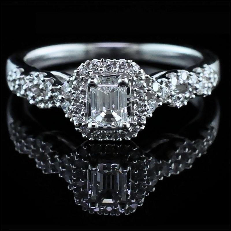 diamond engagement ring 001 100 00884 diamond engagement