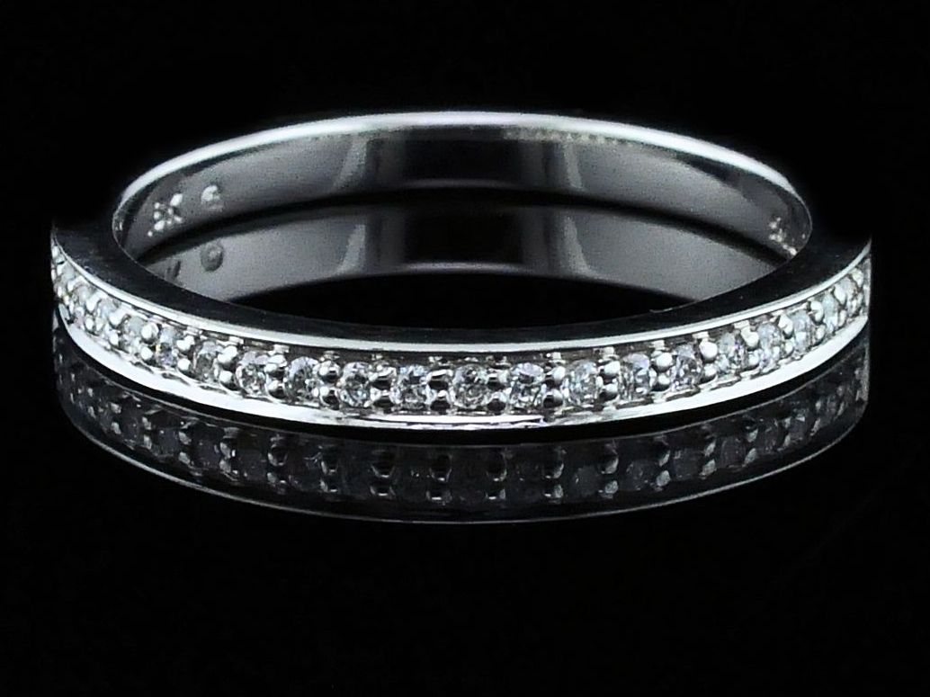 Ladies Diamond Wedding Band by Makur