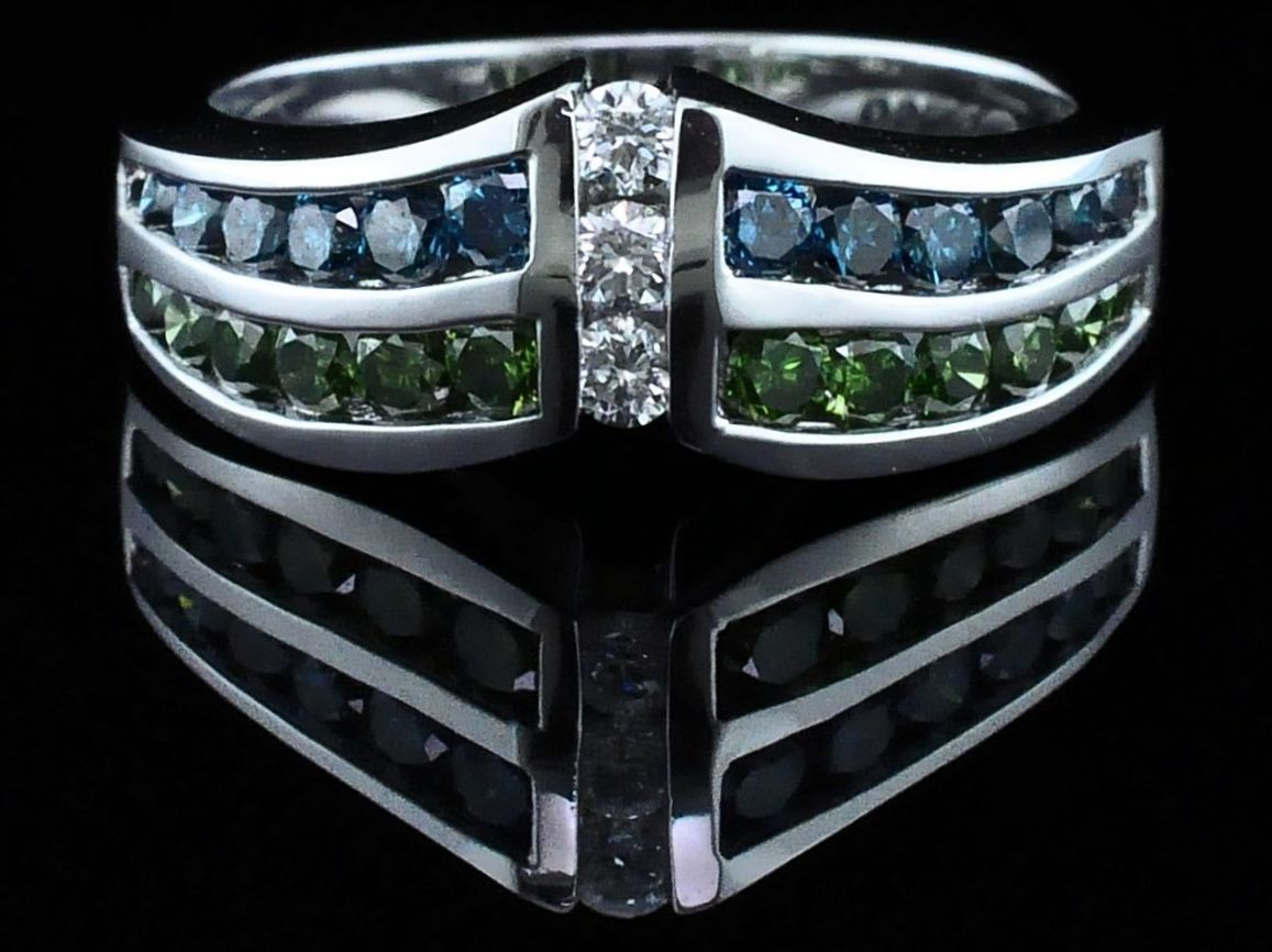 DeLeo Colored Diamond Fashion Ring by DeLeo