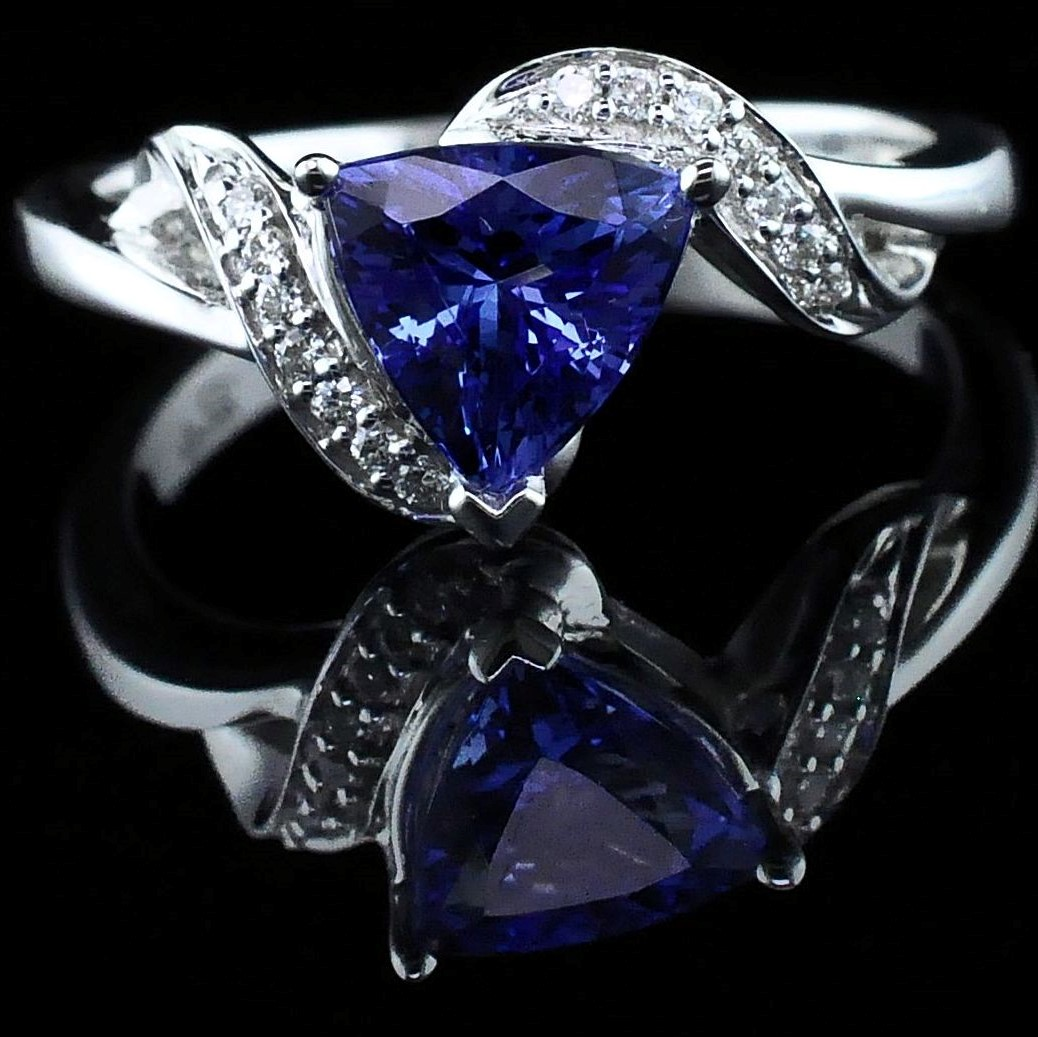 Ladies Tanzanite and Diamond Fashion Ring by Parle